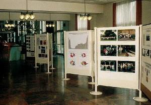 Das Foyer der Ausstellung