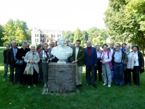 BGV-Mitglieder im Park von Haus Doorn