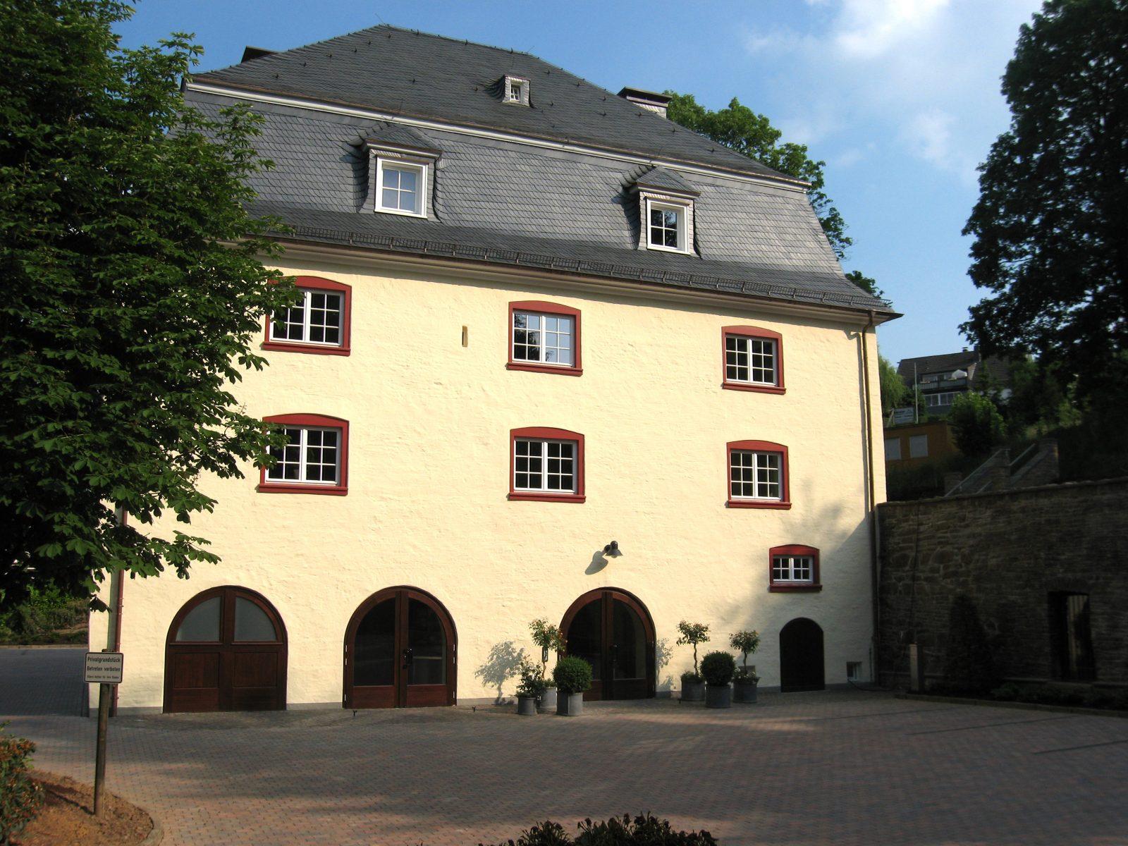 Burghaus Bielstein